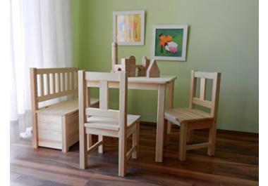 Tavolo e sedie per bambini